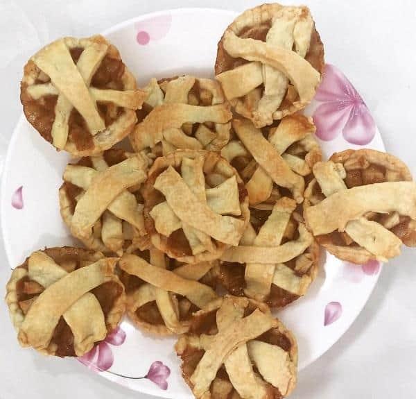 Cách làm bánh táo không cần lò nướng