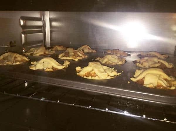 Nướng bánh trong lò