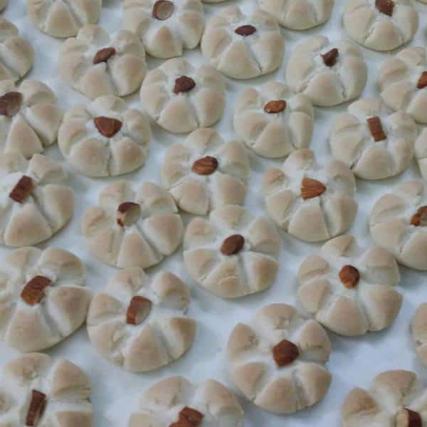 cong-thuc-lam-banh-almond-cookie1