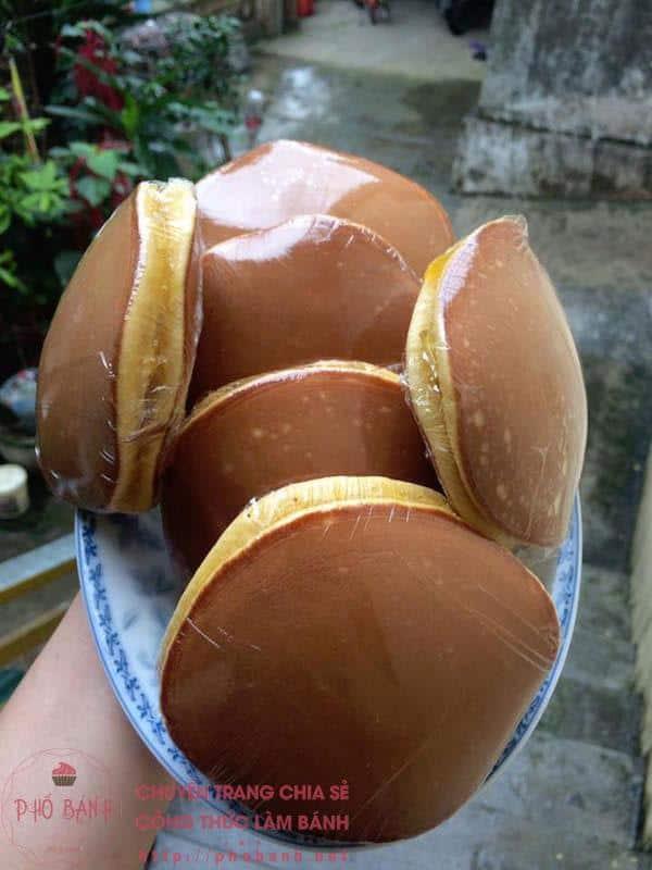 Công thức làm bánh rán Doremon nhân mút dứa ngon