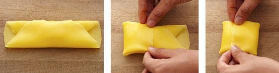 Cuộn bánh Crepe